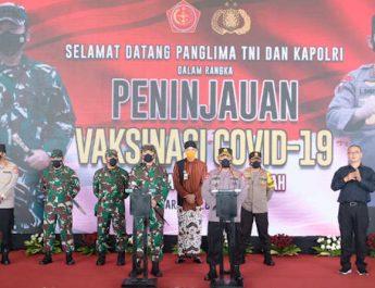 Kunjungan Kapolri dan Panglima TNI Ke Puskesmas Pandnaran Semarang-SLH